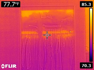 Closet near outside wall poorly insulated infrared