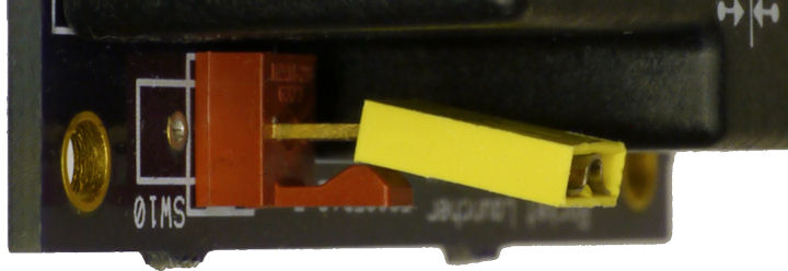 A shunt over the connector instead of a switch